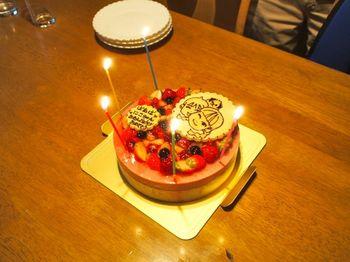 5歳ケーキ点火1.jpg