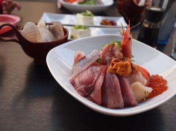沼津の海鮮丼1.jpg